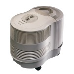 Cool mist humidifier with filter